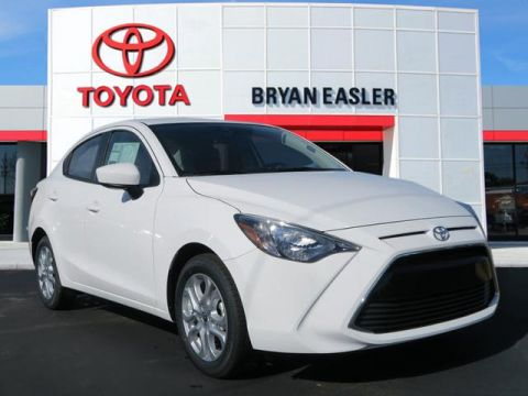 New 2018 Toyota Yaris iA iA 2WD 4-DOOR SEDAN