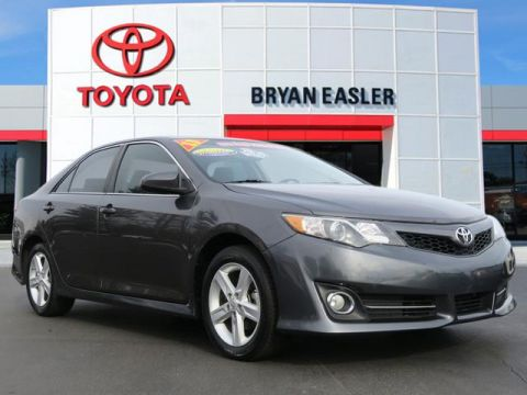Pre-Owned 2013 Toyota Camry SE FWD SE 4dr Sedan