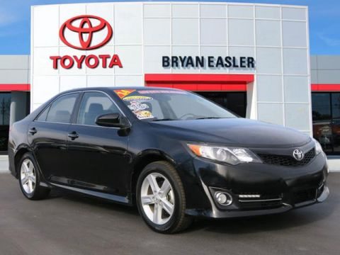 Pre-Owned 2014 Toyota Camry SE FWD SE 4dr Sedan
