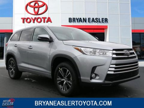 New 2018 Toyota Highlander LE PLUS 4WD