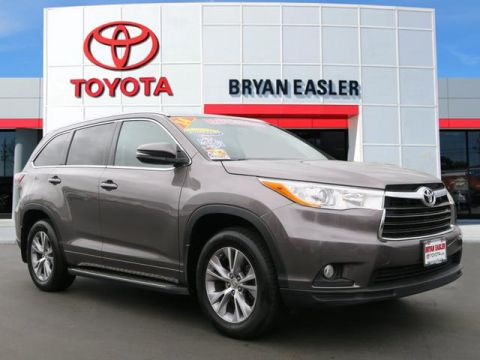 Pre-Owned 2014 Toyota Highlander XLE AWD