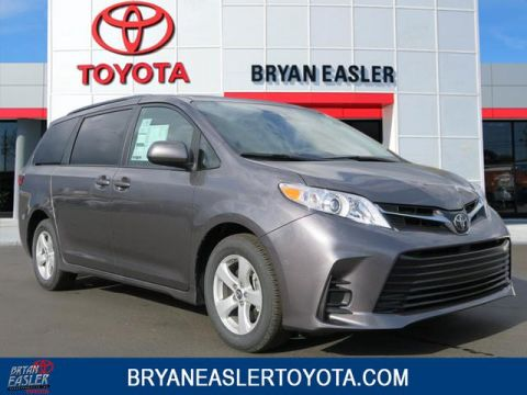 New 2018 Toyota Sienna LE 2WD FWD 8 PSGR