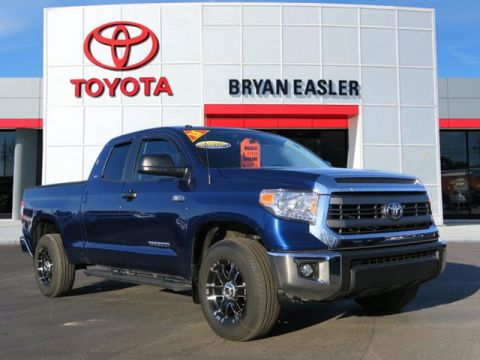 Pre-Owned 2015 Toyota Tundra SR5 4WD