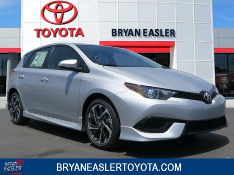 New 2018 Toyota Corolla iM iM 2WD 5-DOOR HATCHBACK