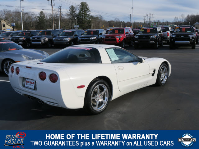 Pre Owned 2001 Chevrolet Corvette Base