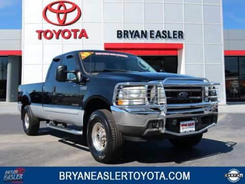 Pre-Owned 2003 Ford F-250 Super Duty Lariat